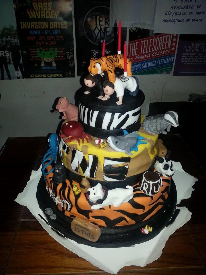 All-dayer Cake